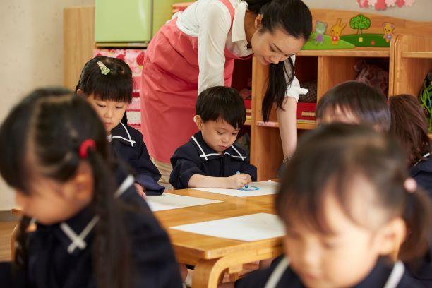 パート幼稚園教諭|補助教員